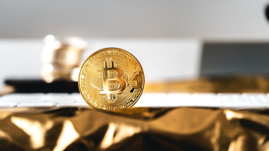Francine Mendes: Quando investir em criptomoedas é uma boa opção