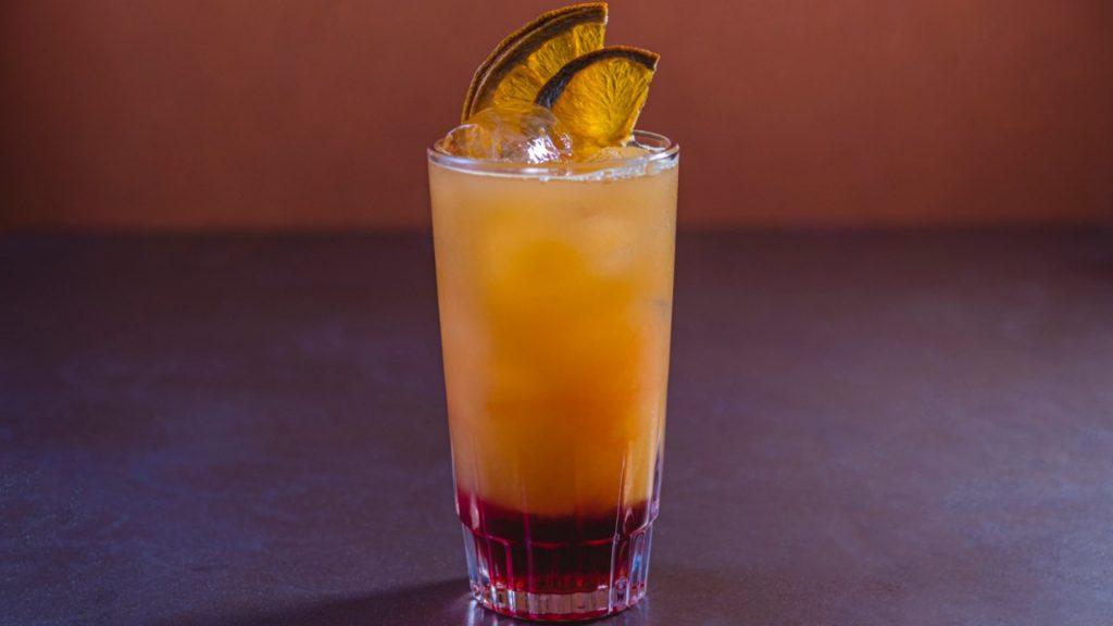 Aprenda um delicioso drink para curtir um fim de tarde