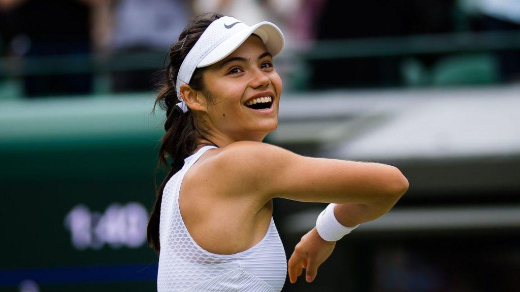 Jovem britânica Emma Raducanu é a sensação de Wimbledon