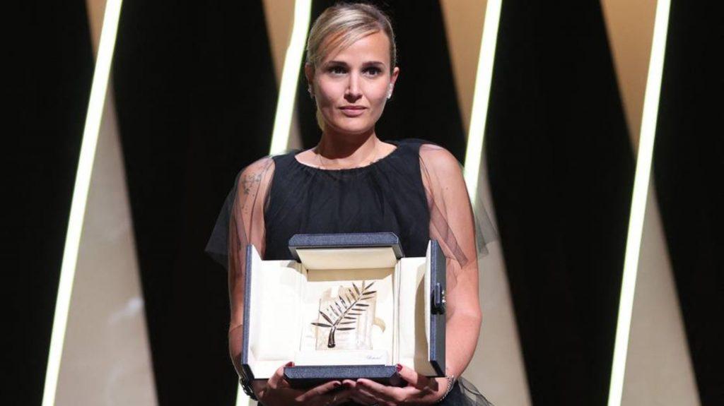 Julia Ducournau se torna segunda mulher a vencer o maior prêmio de Cannes