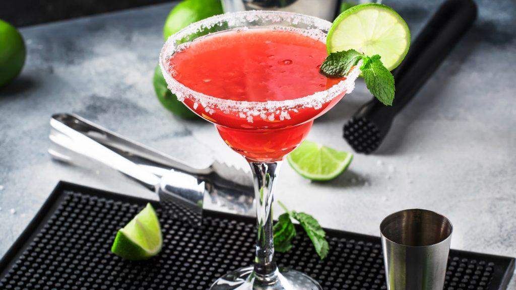 Thaty Gidaro: Aprenda um exclusivo drink inspirado nos casais da Ilha da Magia